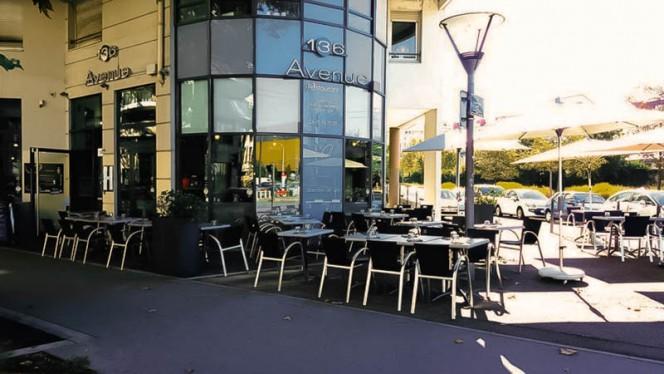 Devanture - 136 Avenue, Lyon