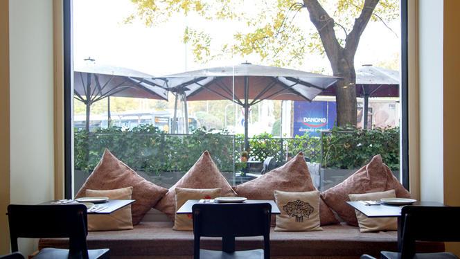 Vista sala - Estado Puro by Paco Roncero - Hotel NH Collection Paseo del Prado, Madrid