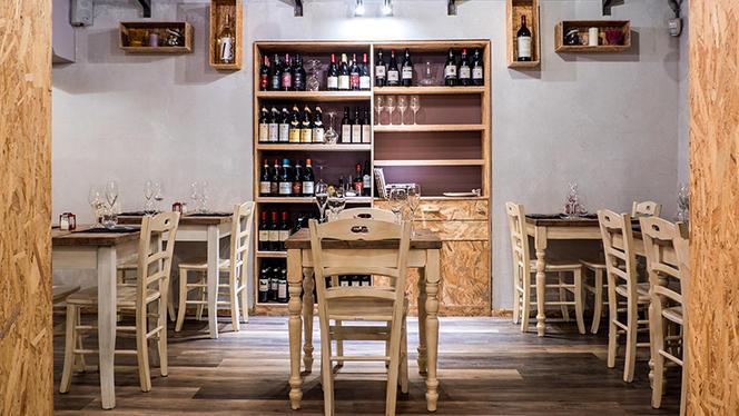 La sala - Ristrot Guviol, Turin