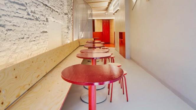 Vista de la sala - Folks Burgers, Barcelona