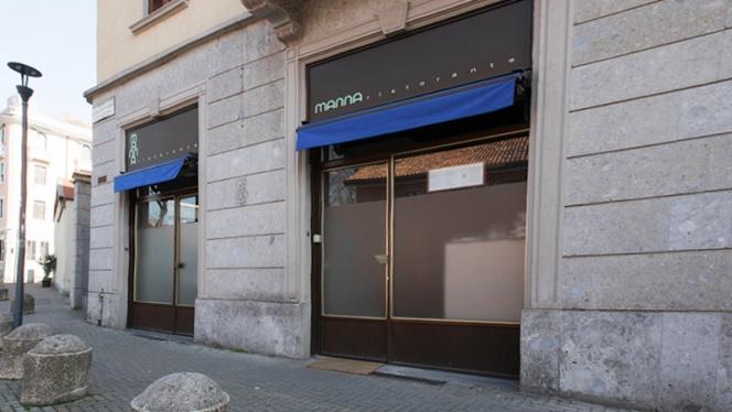 L ingresso - Manna, Milan