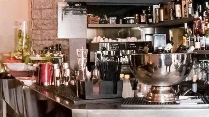 bancone - Bao Bar, Milan