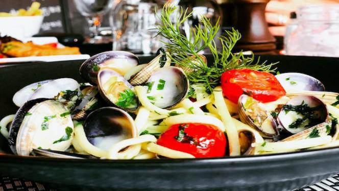 alle vongole - Uniq' Brasserie, Saint-Laurent-du-Var