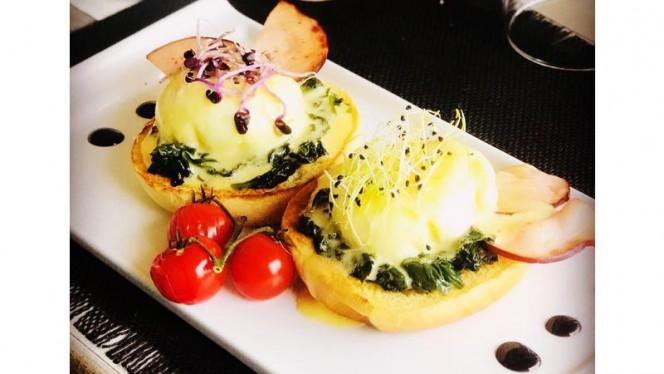 eggs benedict - Uniq' Brasserie, Saint-Laurent-du-Var