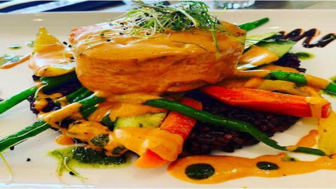 pavé de saumon - Uniq' Brasserie, Saint-Laurent-du-Var