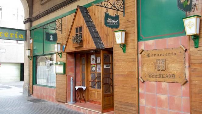 Vista de la fachada - Beerland, Zaragoza