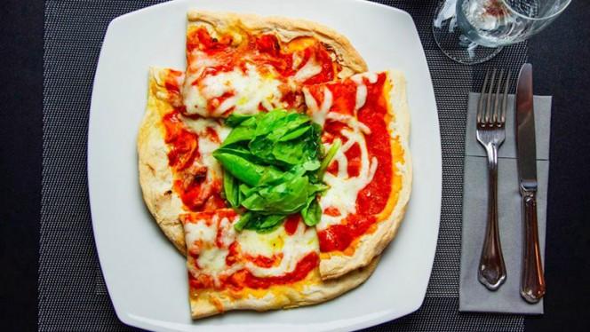La Pinsa Margherita - Bistrot 34, Civitavecchia