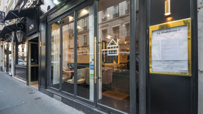 Devanture - Madeleine C, Paris