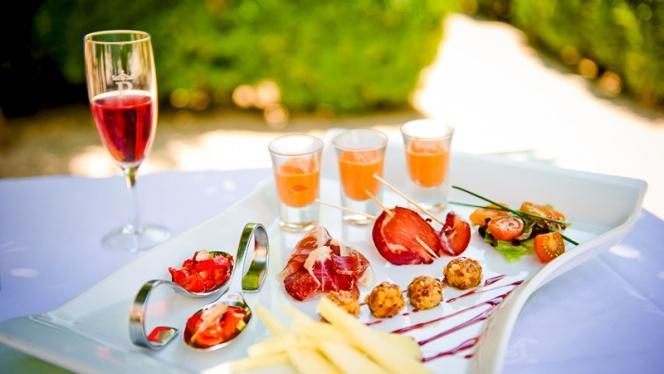 Plato en la terraza - Restaurante Parador de Chinchón, Chinchon