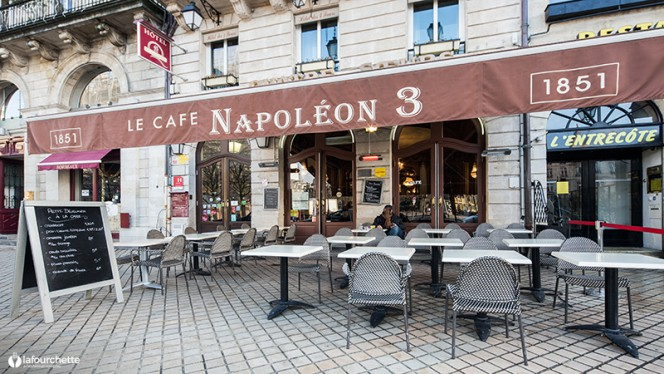 devanture - Café Napoléon III, Bordeaux