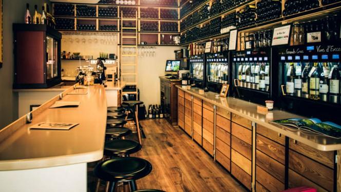 apreçu du bar - N°5 WINE BAR : bar à vins & restaurant, Toulouse