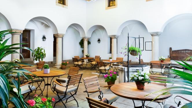 Vista terraza - Restaurante Parador de Mérida, Merida