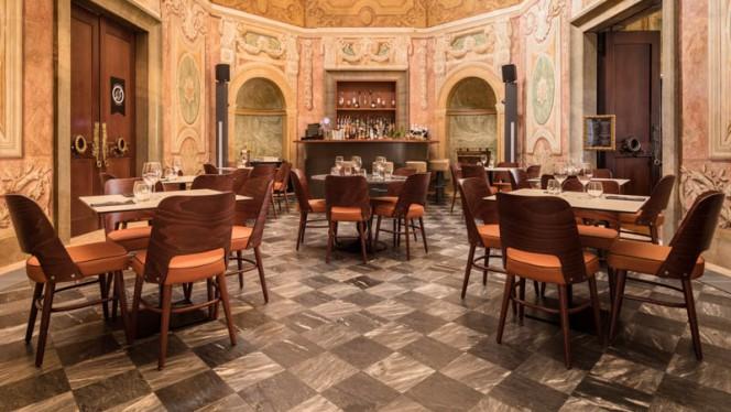 Foyer - Palácio Chiado, Lisbon