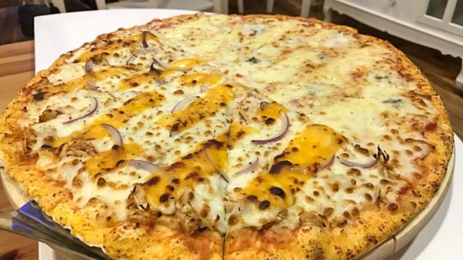 Pizza - Maria Farinha - Pizzaria Artesanal, Braga