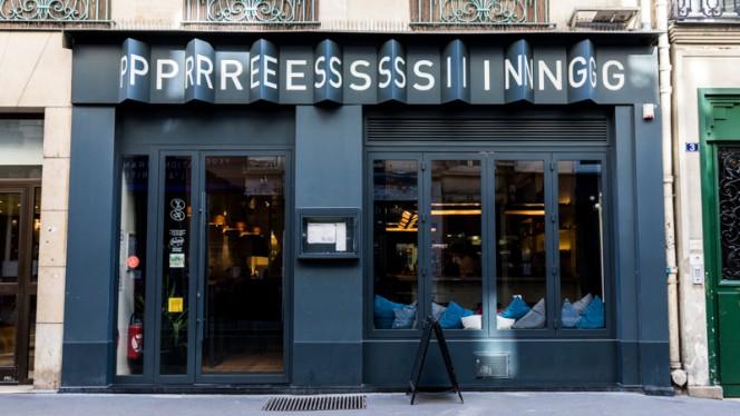 Devanture - Pressing, Paris