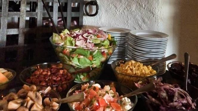 fresh salad - BiZtrO, Karlstad