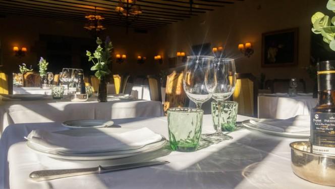 Vista sala - Restaurante Parador de Santillana del Mar, Santillana Del Mar