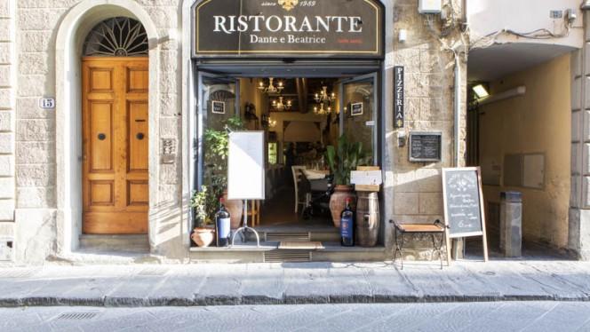 Entrata - Dante e Beatrice, Firenze
