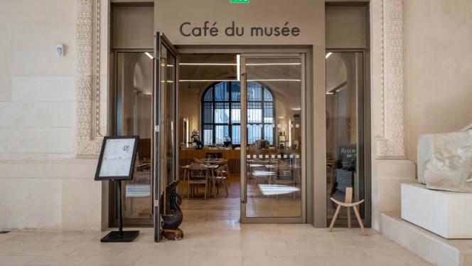 Devanture - Café du Musée d'Arts de Nantes, Nantes