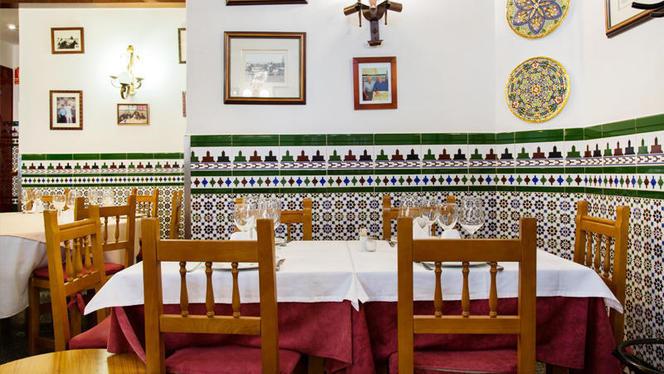 Detalle mesa - Casa Mundi, Madrid