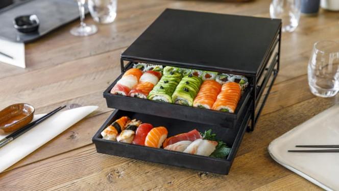 Box Enjoy Sushi - Enjoy Sushi Marignane, Marignane