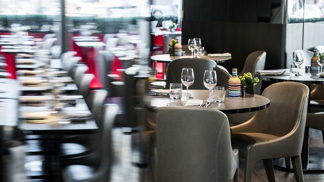Salle - Emporio Armani Caffè Ristorante, Paris
