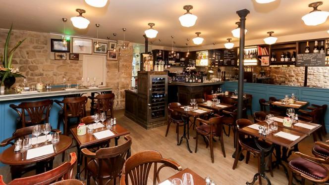 Vue de la salle Restaurant Au coup de torchon - Au Coup De Torchon, Paris