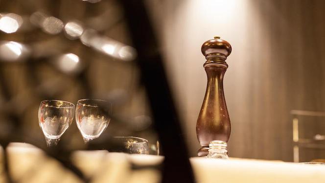 détail table - Côté Berthelot, Lyon