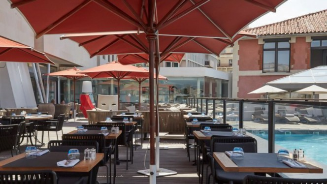 Terrasse - Le Victor Café - New Hotel of Marseille, Marseille