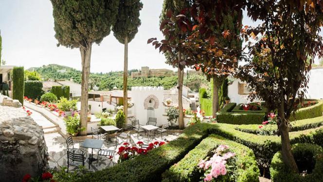 Jardin - Carmen Aben Humeya, Granada