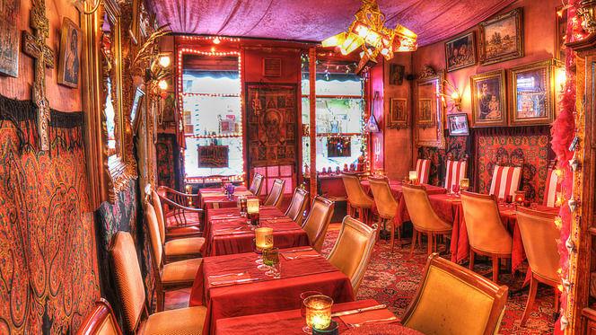 Ambiance chaleureuse - Svetlana, Paris