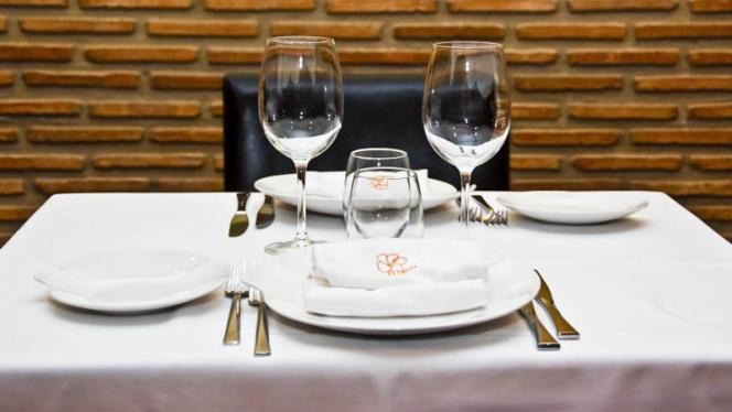 Detalle mesa - Galileo Club Gastronómico, Valencia