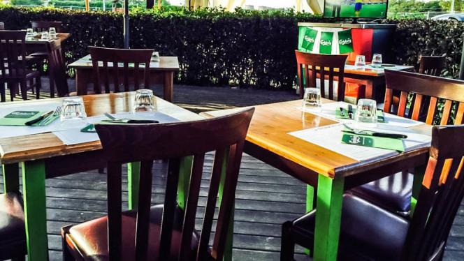 Tavoli Fuori - La Taverna della Pizza, Rome