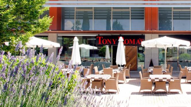 terraza - Tony Roma´s - Alcalá de Henares, Alcalá de Henares