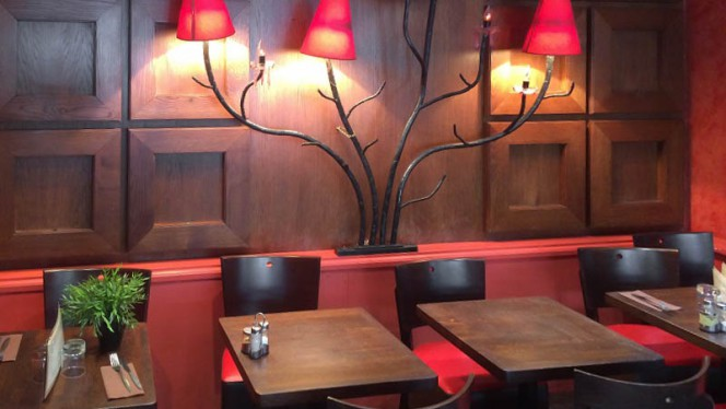 salle - Café Chambertin, Paris