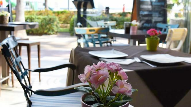 Detalle decoracion terraza - Eslora 92, Valencia