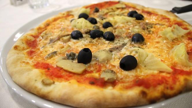 La pizza - Phoenicia, San Donato Milanese
