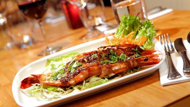 Koeng Yaai Tod Kratiam - Kinnaree Thai Cuisine, Amsterdam