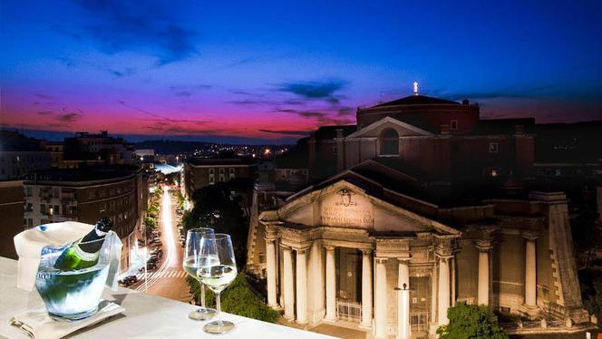 La terrazza con vista su Roma - Gaetano Costa Le Roof, Rome