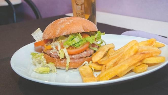Hamburger con patate - The Voice, Rome