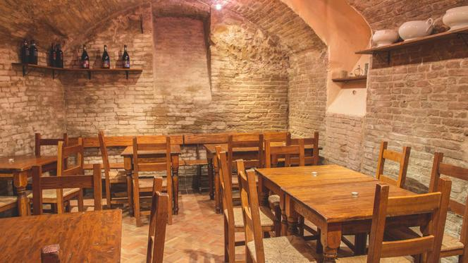 Sala - Osteria del Piolo, Imola