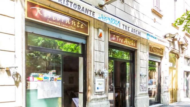 entrata - I Tre Archi, Milan