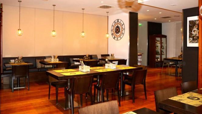 Sala - Meat me Burgerie Milanesi, Milan