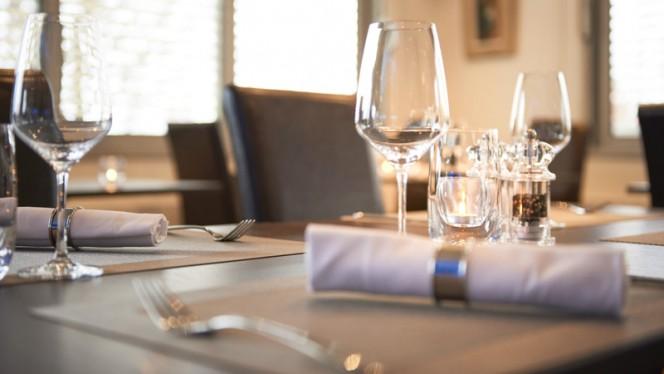 Table dressée - Restaurant Le Léman, Vevey