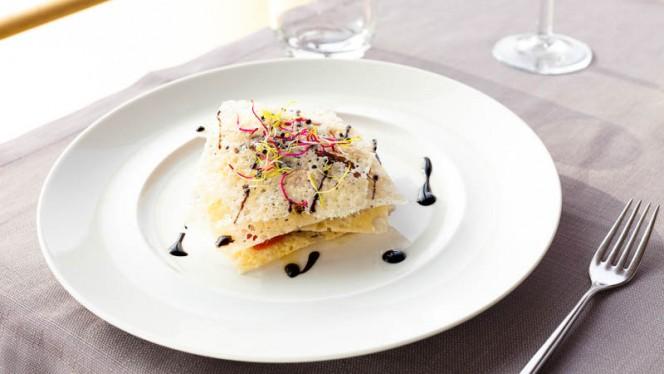 Mille foglie di tonno - Nu Italian Restaurant- 6° piano, Milan