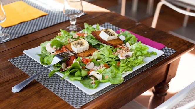Pains d'épices et chèvre toastés et salade verte - Les Gratinés, Lyon