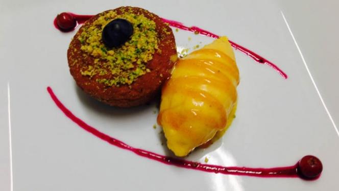 Sformatino di castagne e gelato ai cachi e vaniglia - Nassa Osteria di Mare, Milan
