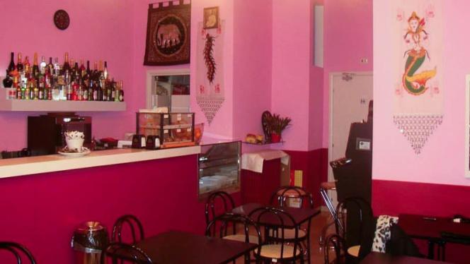 La sala - Orawin Thai Bar, Milan