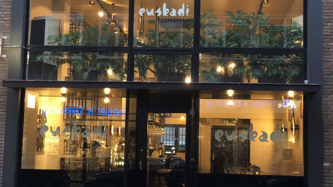 Voorkant - EUSKADI Basque Restaurant, Rotterdam