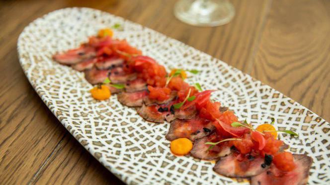 Tataki de lomo bajo - RIB Beef & Wine - Casa de la carnicería, Madrid